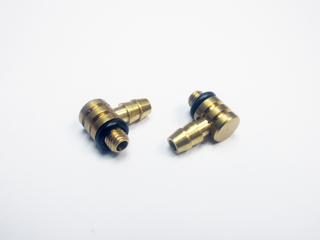 90 Degree Brass Water Fittings x 2 units Version 1