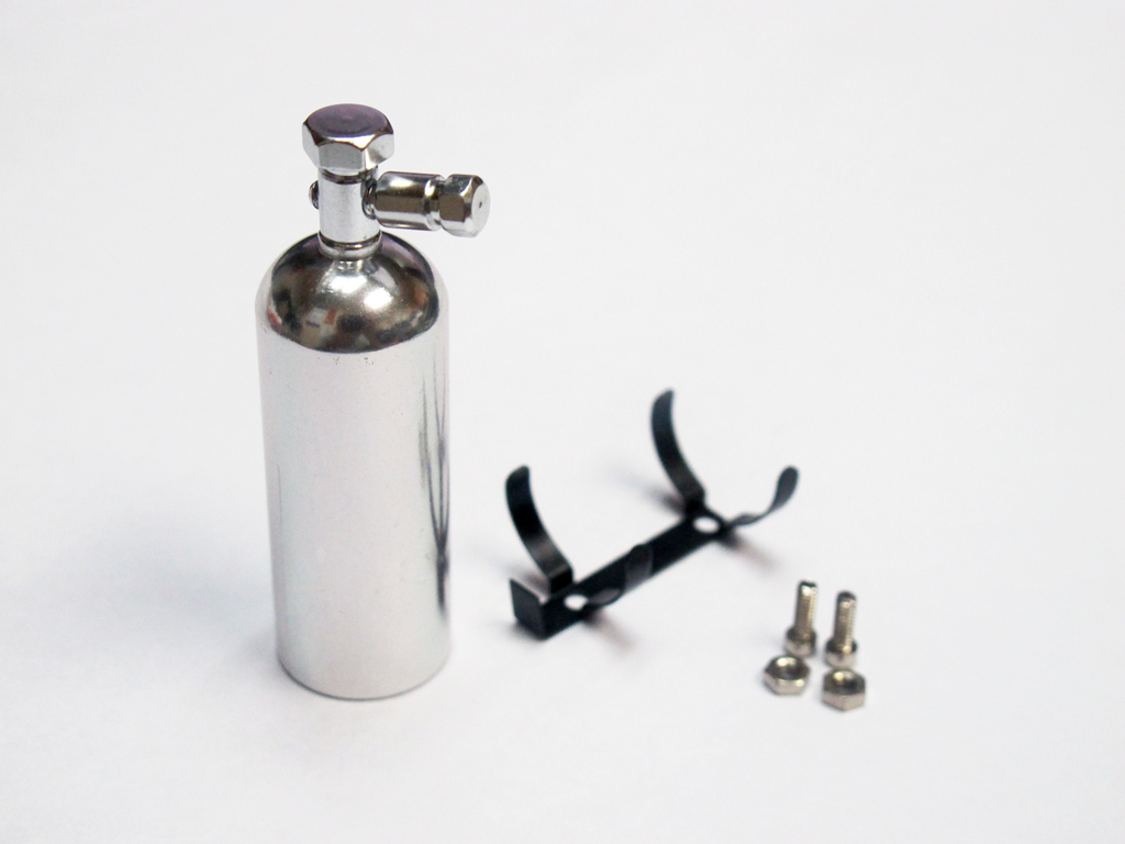 1:10 Scale Alloy Fire Extinguisher Silver 53mm with Metal Mount